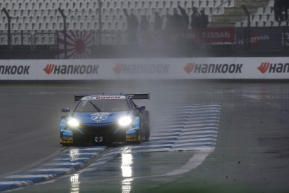 "Button was ""surviving"" not racing in wet joint SUPER GT, DTM race"