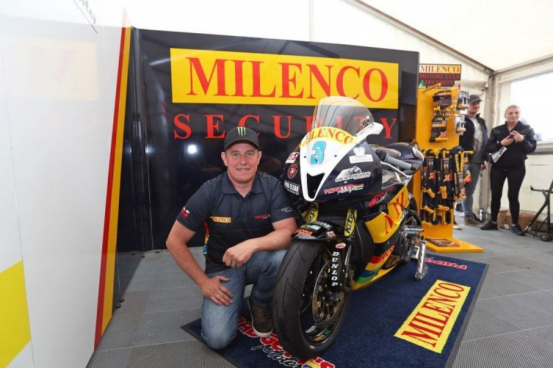 Isle of Man TT legend John McGuinness secures Supersport machinery
