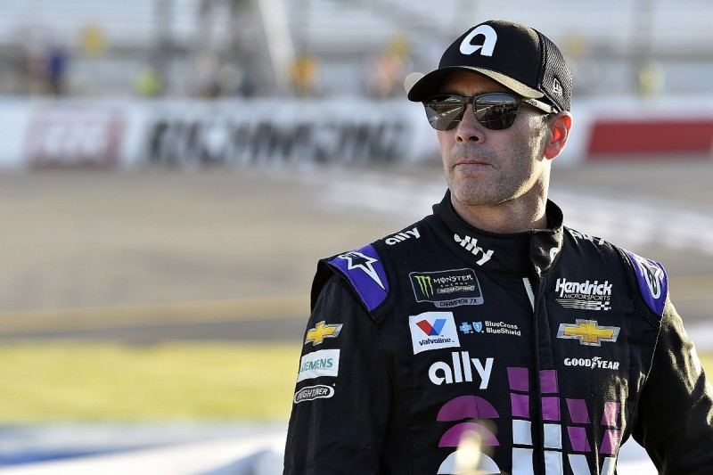 Johnson keen to delay NASCAR retirement call, sponsor commits to 2023
