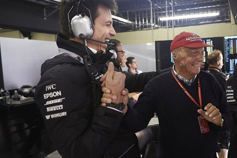 """Mercedes F1 boss Wolff feels """"like a zombie"""" after Lauda's death"""
