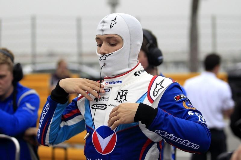 Formula Renault champion Fenestraz joins Carlin for Euro F3 2018