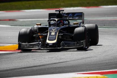 Pirelli doesn't understand F1 teams' narrower tyre window complaints