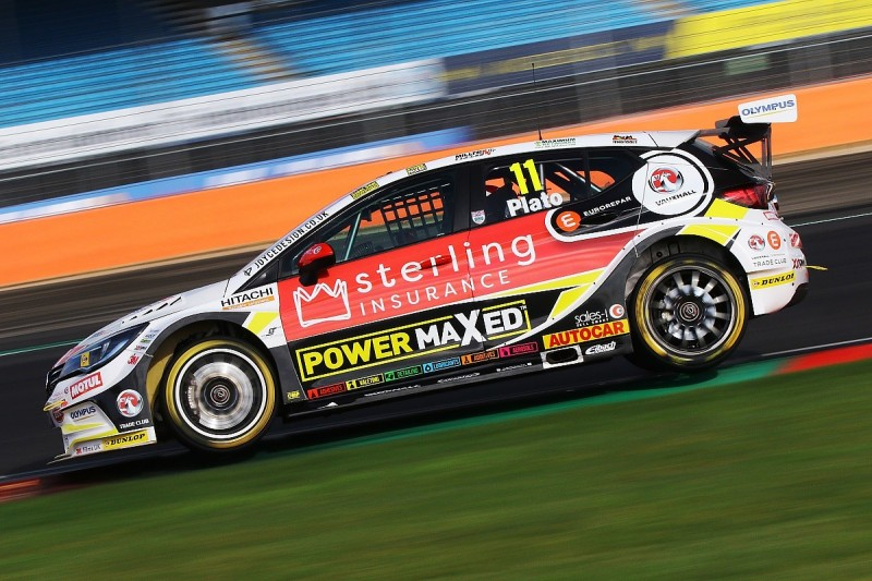 Silverstone BTCC: Vauxhall driver Plato tops both practice sessions