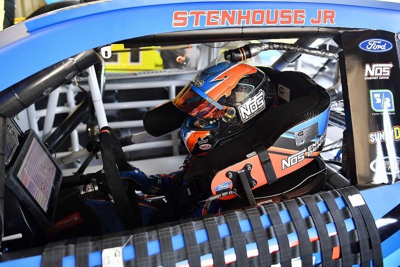 Stenhouse Jr, Roush to split after seven full NASCAR Cup seasons