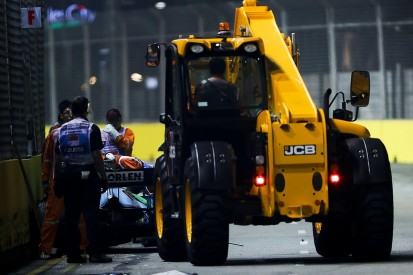 Giovinazzi penalised for going close to Singapore F1 rescue crane