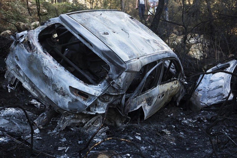 Hayden Paddon suffers fiery crash on WRC's Rally of Portugal