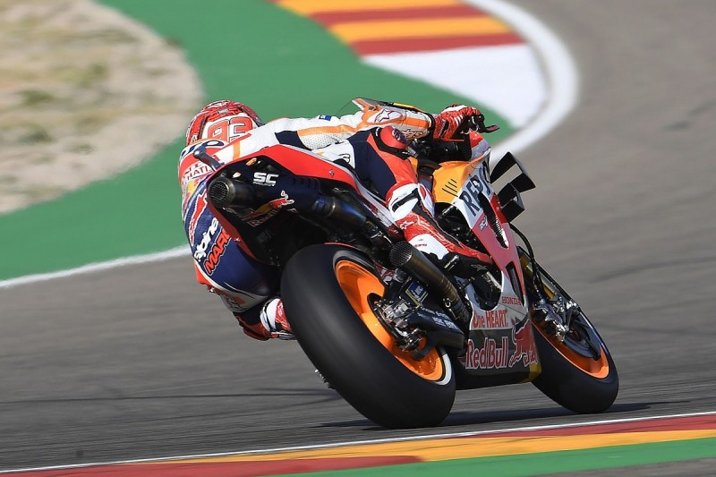 Marquez demolishes MotoGP field by 1.6s in Aragon FP1