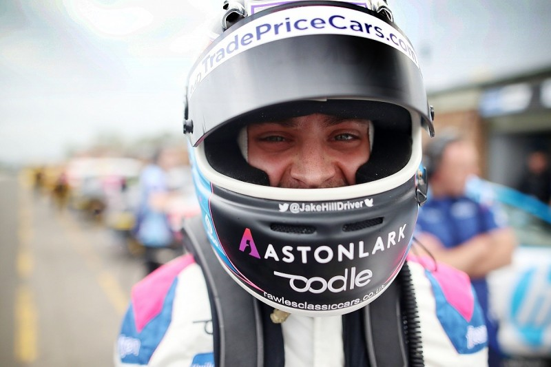 Hill takes dominant maiden BTCC victory in final race at Knockhill
