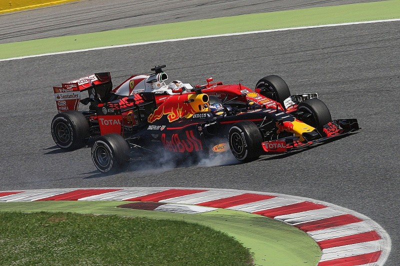 Red Bull changed Ricciardo's strategy to counter Vettel - Horner