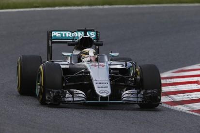 Mercedes under pressure to fix F1 handling problems, says Hamilton