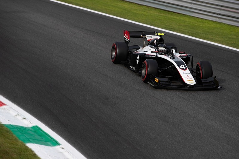 F2 points leader Nyck de Vries disqualified from Monza qualifying