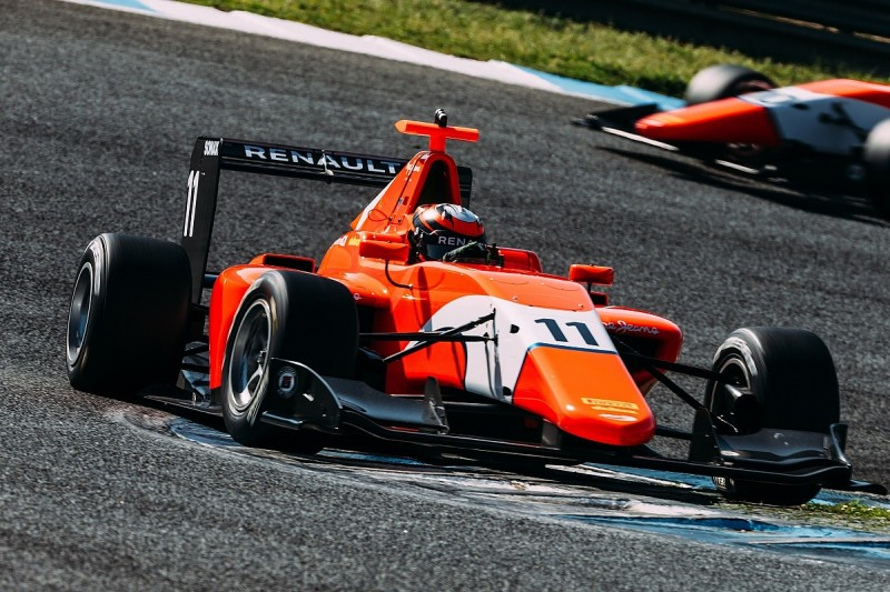 Renault academy role adds no pressure to GP3 campaign, says Aitken
