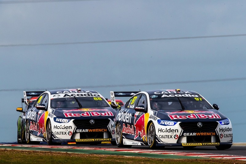 Holden gets aero tweak as Ford continues to dominate Supercars