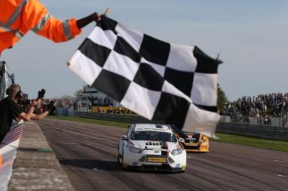Thruxton BTCC: Mat Jackson clinches race-three win for Motorbase