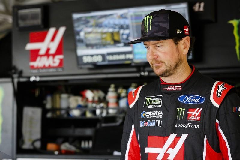 Busch's extended Stewart-Haas deal for 2018 NASCAR season announced