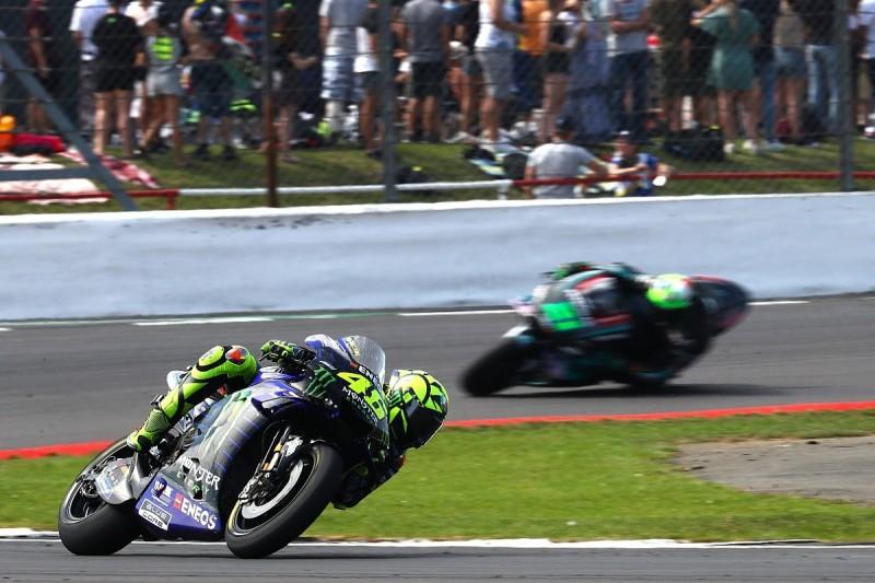 Valentino Rossi's British GP podium bid halted by tyre issues