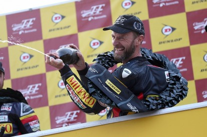Bruce Anstey wins on comeback after cancer treatment at Classic TT