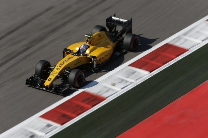 Renault offers free access to F1 filming day at Silverstone