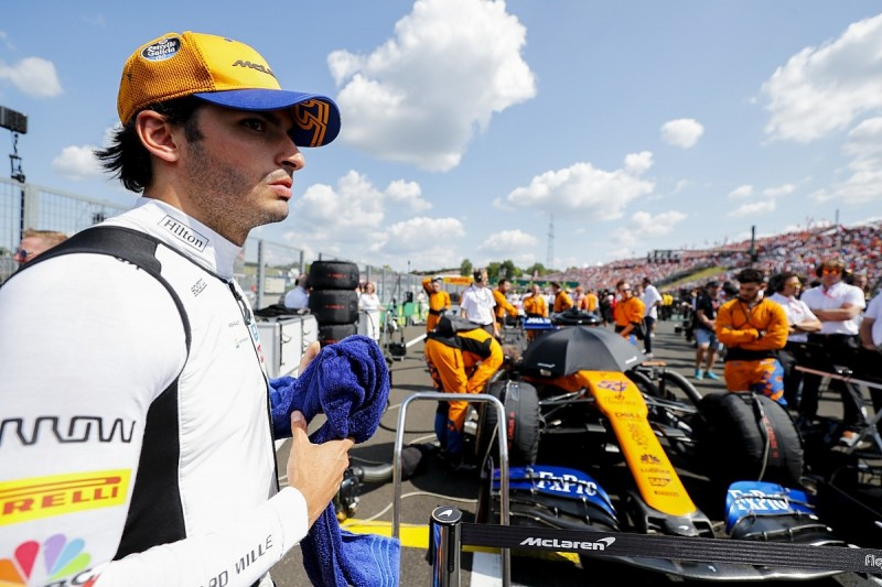 Sainz: Simulators will reduce impact of F1 testing cut