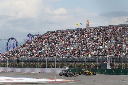 Sainz baffled by Russian Grand Prix penalty for overtake on Palmer