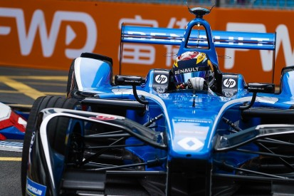Buemi: Renault had mystery problem in Formula E Hong Kong nightmare