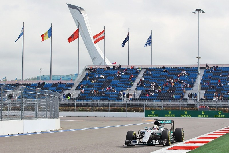Lewis Hamilton moves ahead in second Russian Grand Prix practice