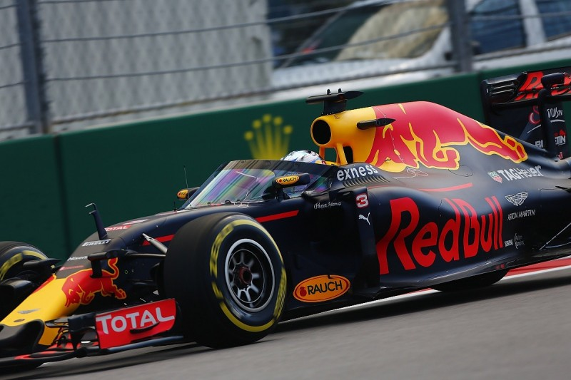 Red Bull aeroscreen visibility is fine says Daniel Ricciardo