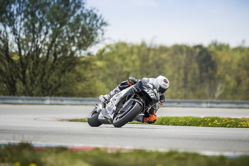 Cold weather thwarts KTM's latest MotoGP test ahead of 2017 debut