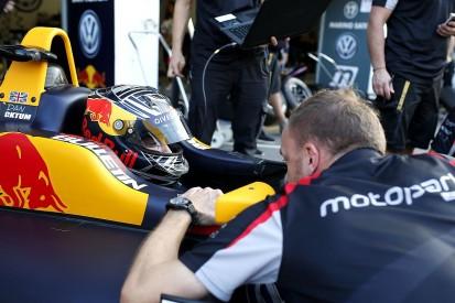 McLaren Autosport BRDC Award winner Ticktum secures 2018 F3 deal