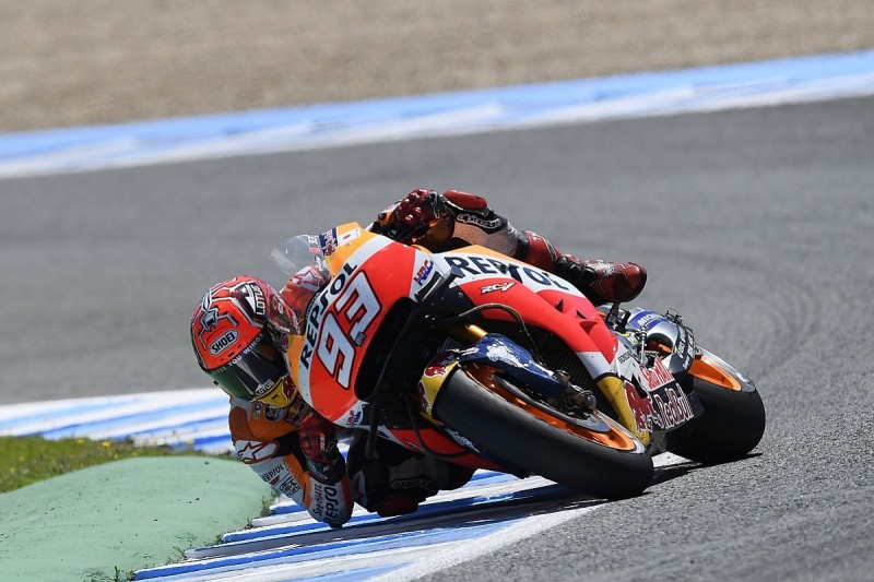 Marc Marquez conflicted about his change in style for MotoGP 2016