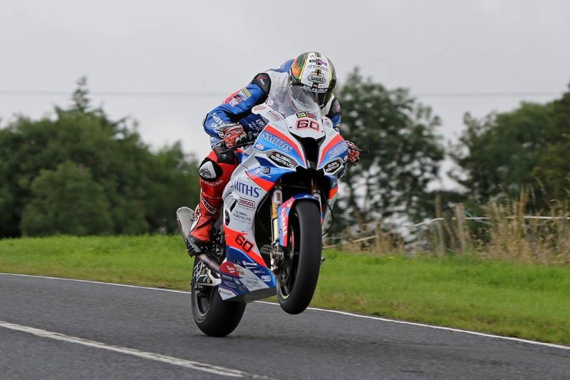 """Hickman was """"just cruising"""" in first Ulster GP Superbike session"""