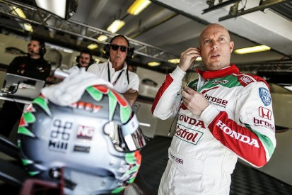 Rob Huff questions 'inconsistent' penalties in WTCC