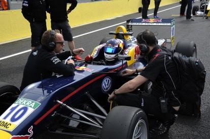 Red Bull junior Niko Kari punished for post-race collision