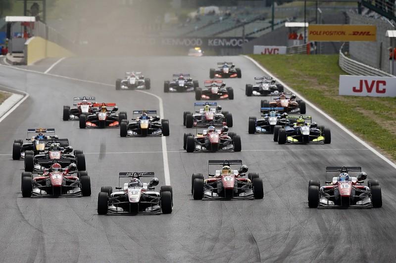 Hungaroring F3: Ralf Aron hangs on to win thrilling race one