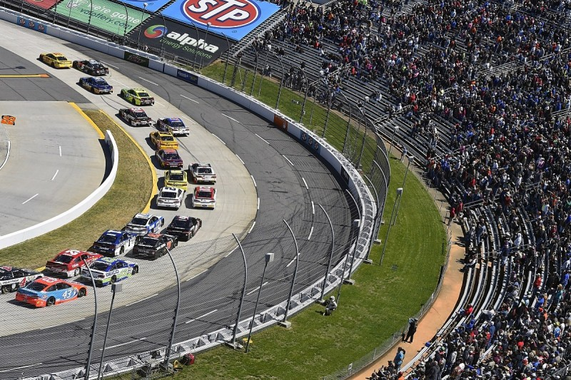 NASCAR drivers' council to jointly pay Tony Stewart's fine