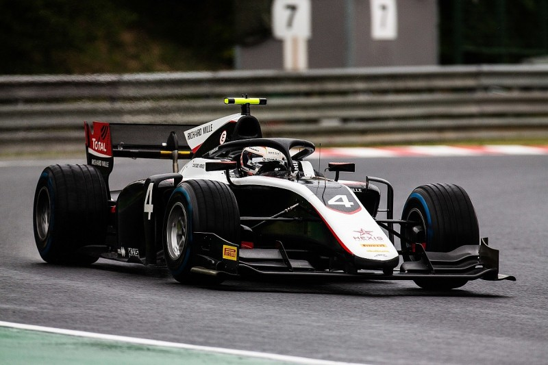 Hungaroring F2: De Vries beats Ghiotto to pole in wet qualifying