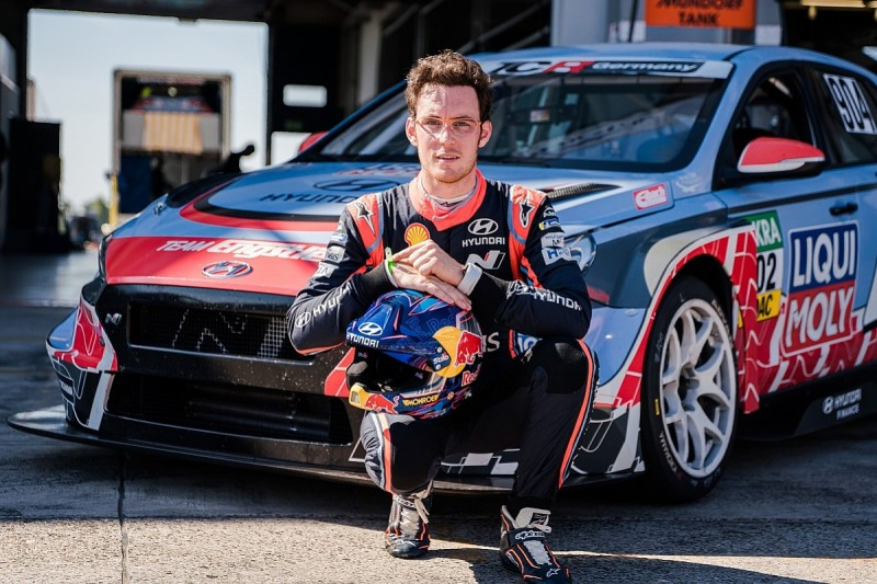 Hyundai WRC driver Neuville to make race debut at Nurburgring in TCR