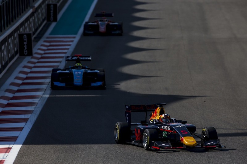 Abu Dhabi GP3: Red Bull F1 junior Kari gets penalty, Baptista too