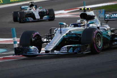 Abu Dhabi track doesn't suit F1 cars for overtaking - Lewis Hamilton