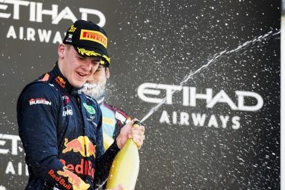 Niko Kari beats George Russell to Abu Dhabi GP3 race one victory