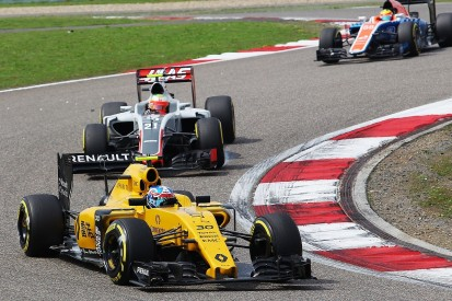 Jolyon Palmer confused after 'worst weekend' of career in China