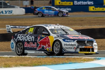 Supercars Queensland: Whincup snaps winless streak ahead of Davison