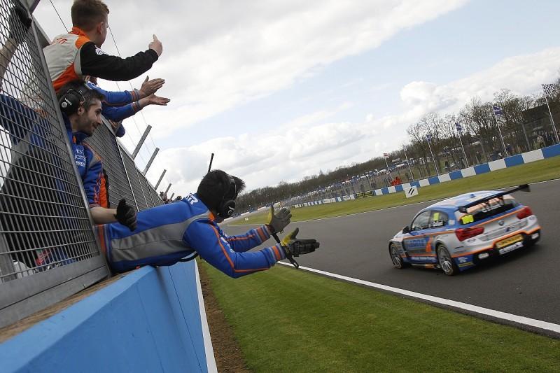 Rob Collard battles past Mat Jackson to win Donington BTCC race two