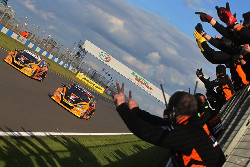 Matt Neal leads Honda one-two in Donington Park BTCC finale