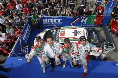 Honda's Tiago Monteiro battles to Slovakia WTCC race one win