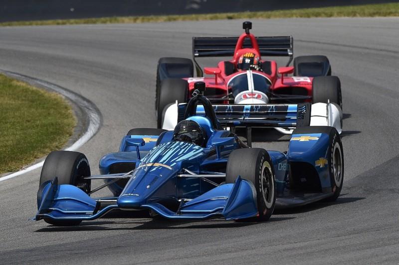 IndyCar to give two free 2018 aerokits to all full-season entries