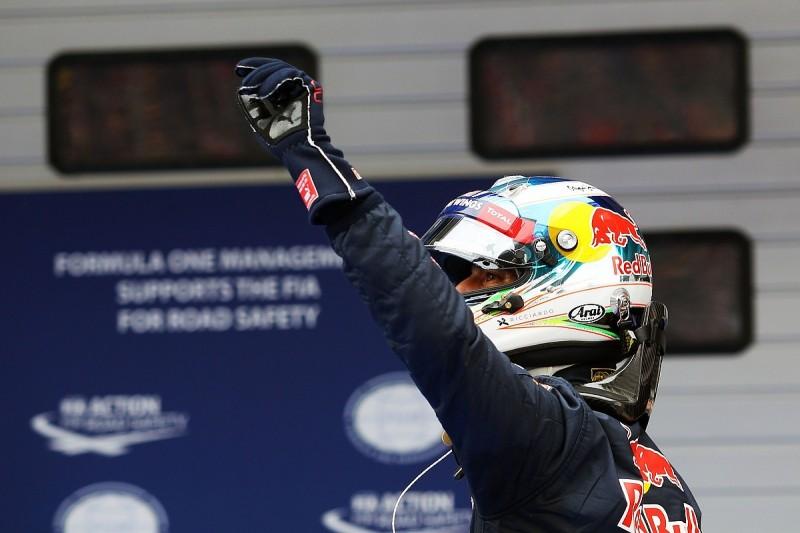 Red Bull's Ricciardo thinks he can resist Ferrari in Chinese GP