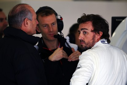 Red flag robbed McLaren of Chinese GP Q3 spots - Fernando Alonso