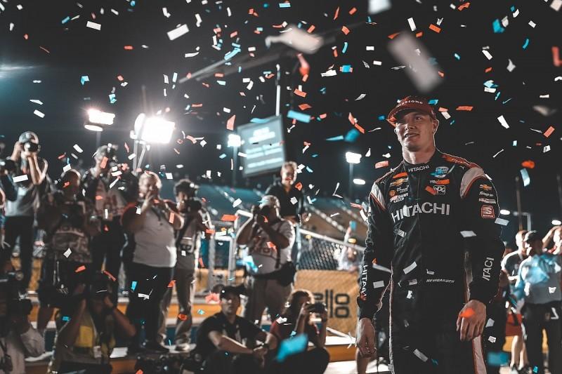 Penske's Newgarden extends points' lead with win in delayed Iowa race