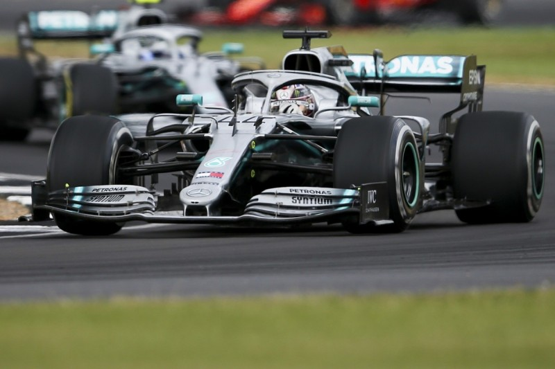 Mercedes duo: F1 tracks choice too influenced by politics and money